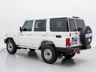 2020 Toyota Landcruiser VDJ76R MY18 Workmate (4x4) White 5 Speed Manual Wagon