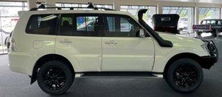 2015 Mitsubishi Pajero NX MY15 GLX White 5 Speed Manual Wagon.