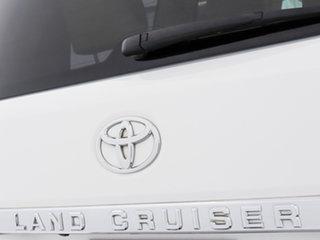2017 Toyota Landcruiser VDJ200R MY16 Sahara (4x4) White 6 Speed Automatic Wagon