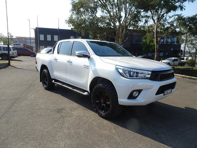 Used Toyota Hilux GUN126R SR5 Double Cab Nowra, 2016 Toyota Hilux GUN126R SR5 Double Cab White 6 Speed Manual Utility