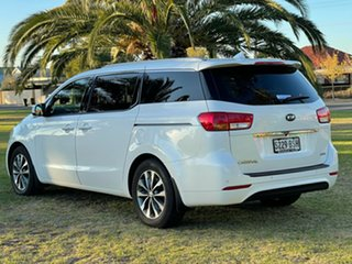 2017 Kia Carnival YP MY18 SLi Snow White Pearl 6 Speed Sports Automatic Wagon