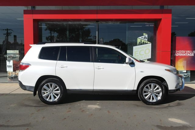Pre-Owned Toyota Kluger GSU40R MY12 Altitude 2WD Swan Hill, 2013 Toyota Kluger GSU40R MY12 Altitude 2WD White 5 Speed Sports Automatic Wagon