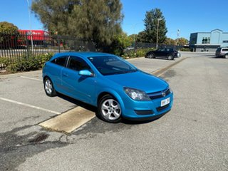 2005 Holden Astra AH MY05 CDX Blue 4 Speed Automatic Coupe.