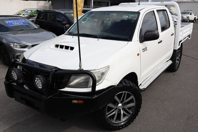 Used Toyota Hilux KUN26R MY12 SR Double Cab Moorooka, 2011 Toyota Hilux KUN26R MY12 SR Double Cab 5 Speed Manual Cab Chassis