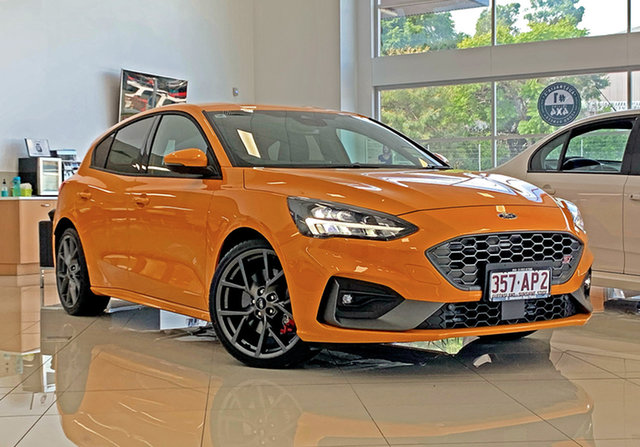 Used Ford Focus SA 2021MY ST Capalaba, 2020 Ford Focus SA 2021MY ST Orange Fury 7 Speed Automatic Hatchback