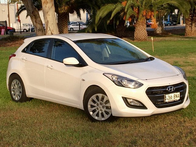 Used Hyundai i30 GD4 Series II MY17 Active Cheltenham, 2016 Hyundai i30 GD4 Series II MY17 Active Polar White 6 Speed Sports Automatic Hatchback