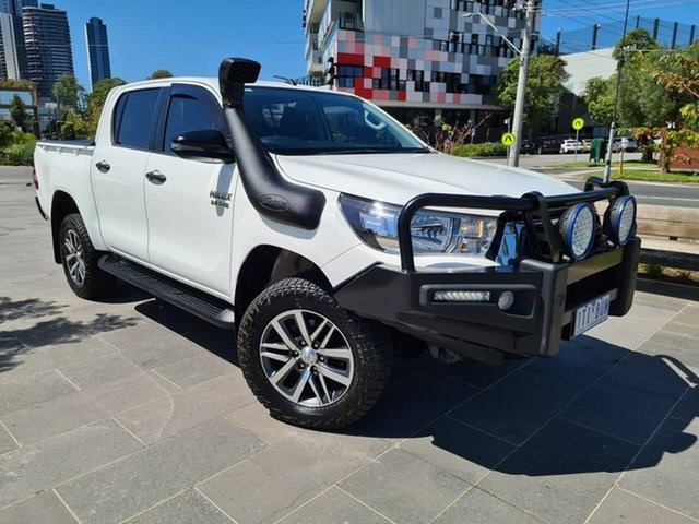 Used Toyota Hilux GUN126R SR Double Cab South Melbourne, 2018 Toyota Hilux GUN126R SR Double Cab White 6 Speed Sports Automatic Utility