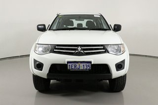 2015 Mitsubishi Triton MQ MY16 GLX (4x4) White 6 Speed Manual Dual Cab Chassis.