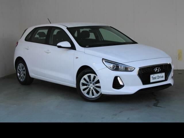 Used Hyundai i30 PD MY19 Go Gungahlin, 2019 Hyundai i30 PD MY19 Go White 6 Speed Automatic Hatchback