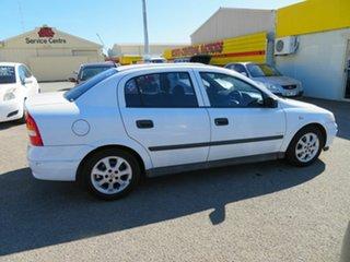 2005 Holden Astra TS Classic White 5 Speed Manual Sedan