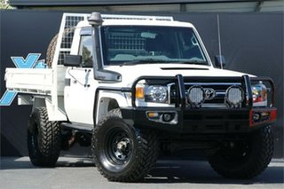 2010 Toyota Landcruiser VDJ79R MY10 Workmate White 5 Speed Manual Cab Chassis.