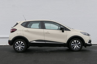 2018 Renault Captur J87 Zen EDC White 6 Speed Sports Automatic Dual Clutch Hatchback.