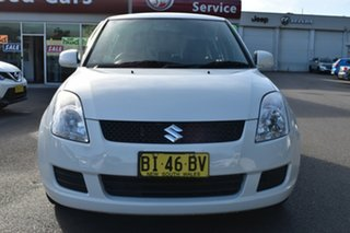 2010 Suzuki Swift RS415 White 4 Speed Automatic Hatchback