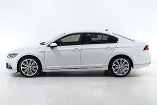 2018 Volkswagen Passat 3C (B8) MY18 206TSI DSG 4MOTION R-Line White 6 Speed