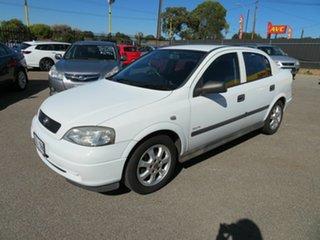 2005 Holden Astra TS Classic White 5 Speed Manual Sedan.