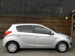 2013 Hyundai i20 PB MY14 Active Silver 6 Speed Manual Hatchback.