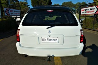 2005 Holden Commodore VZ Executive White 4 Speed Automatic Wagon