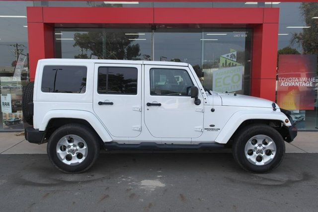 Used Jeep Wrangler JK MY2015 Overland Swan Hill, 2015 Jeep Wrangler JK MY2015 Overland White 5 Speed Automatic Hardtop