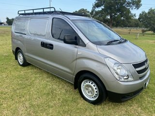 2015 Hyundai iLOAD TQ2-V MY15 Hyper Metallic 6 Speed Manual Van.