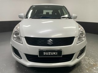 2015 Suzuki Swift FZ MY15 GL Navigator White 5 Speed Manual Hatchback.