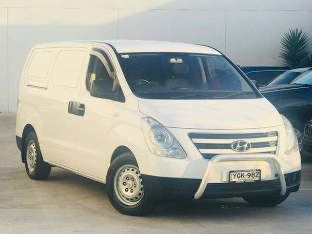 Used Hyundai iLOAD TQ3-V Series II MY17 Liverpool, 2017 Hyundai iLOAD TQ3-V Series II MY17 White 5 Speed Automatic Van