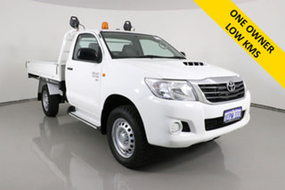 2014 Toyota Hilux KUN26R MY14 SR (4x4) White 5 Speed Manual Cab Chassis.
