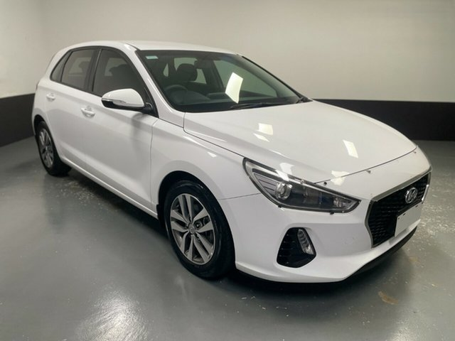 Used Hyundai i30 PD MY18 Active Cardiff, 2017 Hyundai i30 PD MY18 Active White 6 Speed Sports Automatic Hatchback