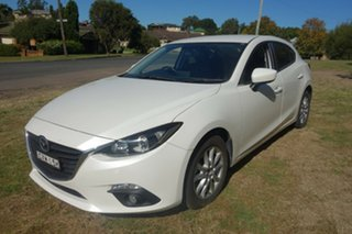 2014 Mazda 3 BM5478 Touring SKYACTIV-Drive White 6 Speed Sports Automatic Hatchback.
