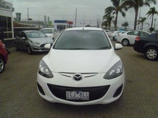 2014 Mazda 2 DE10Y2 MY14 Neo Sport White 5 Speed Manual Hatchback.