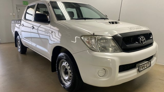 Used Toyota Hilux KUN16R MY11 Upgrade SR Phillip, 2011 Toyota Hilux KUN16R MY11 Upgrade SR White 5 Speed Manual Dual Cab Pick-up