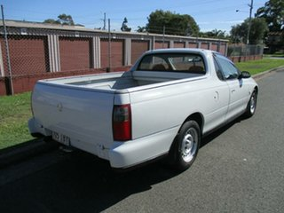 2001 Holden Ute VU White 4 Speed Automatic Utility