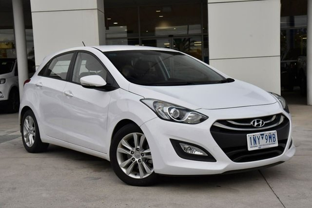 Used Hyundai i30 GD2 MY14 SE Oakleigh, 2014 Hyundai i30 GD2 MY14 SE White 6 Speed Sports Automatic Hatchback