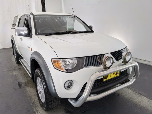 Used Mitsubishi Triton ML MY07 GLX-R Double Cab Maryville, 2006 Mitsubishi Triton ML MY07 GLX-R Double Cab White 4 Speed Automatic Utility