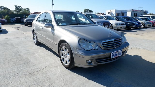 Used Mercedes-Benz C-Class W203 MY2006 C180 Kompressor Classic St James, 2006 Mercedes-Benz C-Class W203 MY2006 C180 Kompressor Classic Gold 5 Speed Automatic Sedan