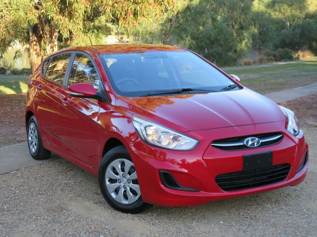 Used Hyundai Accent RB3 MY16 Active Morphett Vale, 2015 Hyundai Accent RB3 MY16 Active Red 6 Speed Constant Variable Hatchback