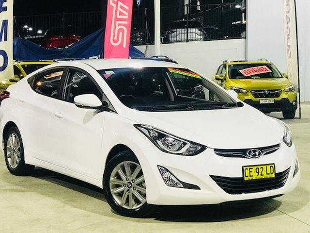 Used Hyundai Elantra MD3 SE Liverpool, 2015 Hyundai Elantra MD3 SE White 6 Speed Sports Automatic Sedan