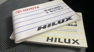 2011 Toyota Hilux KUN16R MY11 Upgrade SR White 5 Speed Manual Dual Cab Pick-up