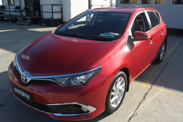 Used Toyota Corolla ZRE182R Ascent Sport S-CVT Maryville, 2017 Toyota Corolla ZRE182R Ascent Sport S-CVT Red 7 Speed Constant Variable Hatchback