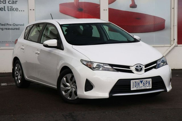 Pre-Owned Toyota Corolla ZRE182R Ascent S-CVT Ferntree Gully, 2014 Toyota Corolla ZRE182R Ascent S-CVT Glacier White 7 Speed Constant Variable Hatchback
