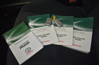 2016 Toyota Landcruiser Prado GDJ150R MY16 GXL (4x4) Silver 6 Speed Automatic Wagon.
