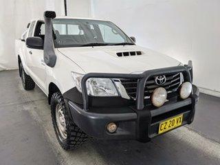 2014 Toyota Hilux KUN26R MY14 SR Xtra Cab White 5 Speed Manual Utility.