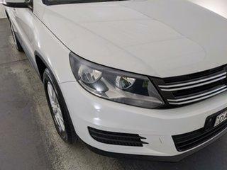 2015 Volkswagen Tiguan 5N MY16 118TSI DSG 2WD White 6 Speed Sports Automatic Dual Clutch Wagon.