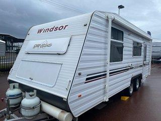 2009 Windsor Genesis GC638/9S Caravan.