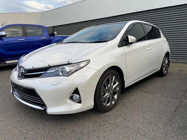 Used Toyota Corolla ZRE182R Levin S-CVT ZR Gladstone, 2013 Toyota Corolla ZRE182R Levin S-CVT ZR White 7 Speed Constant Variable Hatchback