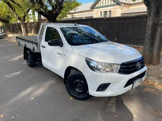 2018 Toyota Hilux TGN121R Workmate Double Cab 4x2 White 5 Speed Manual Utility.