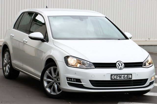 Used Volkswagen Golf VII MY14 103TSI DSG Highline Wollongong, 2013 Volkswagen Golf VII MY14 103TSI DSG Highline White 7 Speed Sports Automatic Dual Clutch