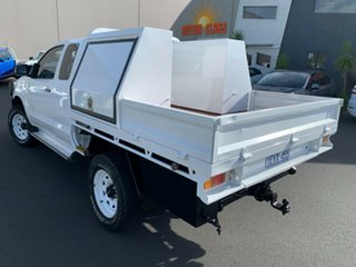 2012 Toyota Hilux KUN26R MY12 SR Xtra Cab White 5 Speed Manual Cab Chassis.