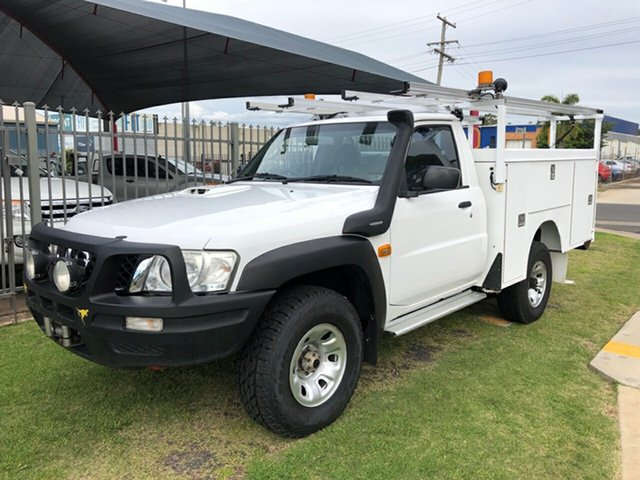 Used Nissan Patrol MY11 Upgrade DX (4x4) Toowoomba, 2013 Nissan Patrol MY11 Upgrade DX (4x4) White 5 Speed Manual Leaf Cab Chassis