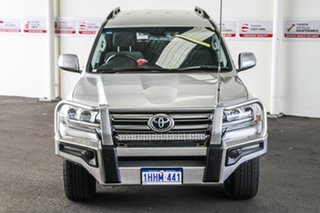 2016 Toyota Landcruiser VDJ200R MY16 GXL (4x4) Silver Pearl 6 Speed Automatic Wagon