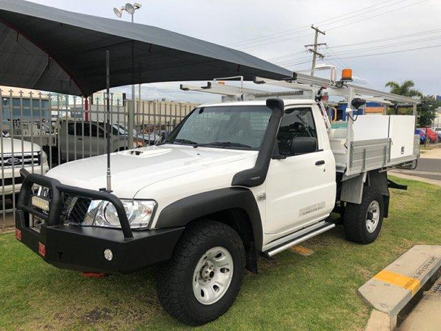 Used Nissan Patrol MY14 DX (4x4) Toowoomba, 2015 Nissan Patrol MY14 DX (4x4) White 5 Speed Manual Leaf Cab Chassis